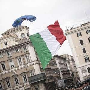 Itália registra recorde de 993 mortes por covid-19 em um dia