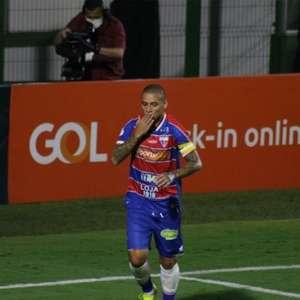 Wellington Paulista testa positivo para Covid-19 e não ...