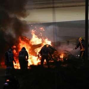 Homem de Aço? Após ficar em meio ao fogo em acidente, ...