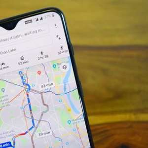 Google Maps imita feed de notícias e curtidas do Facebook