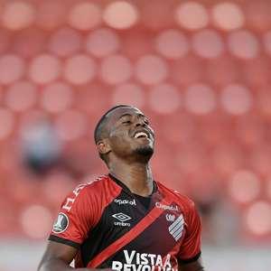 River Plate elimina Athletico e avança na Libertadores