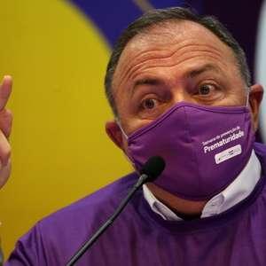 Pazuello diz que Brasil vai ter vacina de Oxford em janeiro
