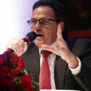 VP do Flamengo diz não aceitar críticas de pessoas ...
