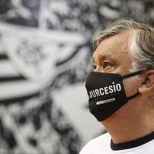 Presidente eleito, Durcesio Mello acompanha treino do ...