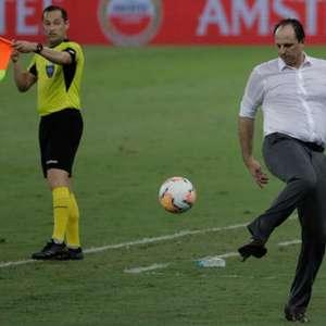 Rogério Ceni admite 'peso gigantesco' em queda na ...
