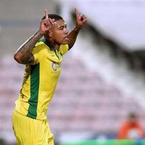Com gol de Douglas Tanque, Paços de Ferreira já é quinto ...