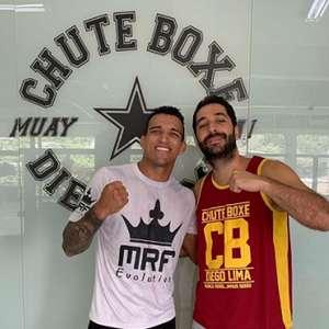 Confiante para o UFC 256 , Charles do Bronx afirma: ...