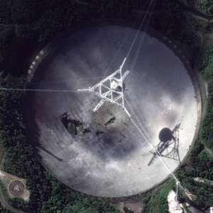 Segundo maior do mundo, radiotelescópio de Arecibo desaba