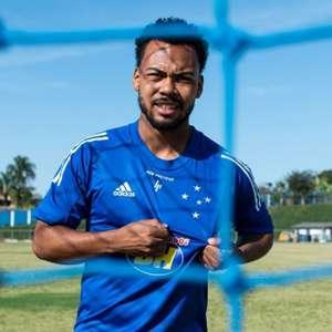 Cruzeiro recusa oferta de R$ 15 milhões pelo meia Claudinho