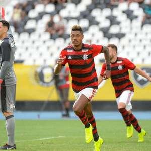 No Nilton Santos, Flamengo venceu mais do que o dobro de ...
