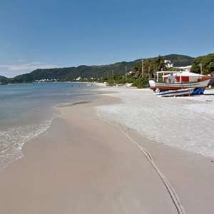 Praias do litoral norte de Florianópolis para passar o verão