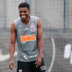 Dilema na zaga: Como Mancini pode escalar o Corinthians ...