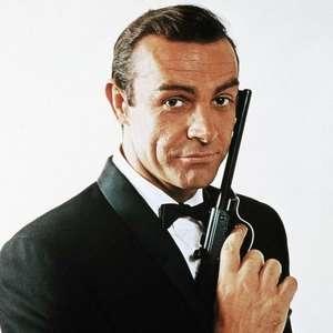 Revólver usado por Sean Connery no primeiro filme de 007 ...