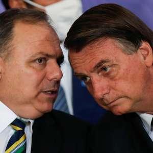 Bolsonaro abandona entrevista após pergunta sobre inquérito