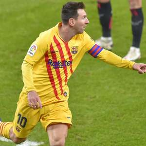 Com show de Messi, Barça vence Bilbao e entra no G-4
