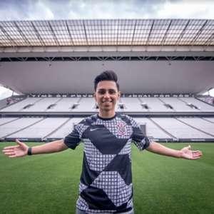 Nobru anuncia a sua saída do Corinthians