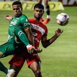Guarani é derrotado pelo CRB e desperdiça chance de ...