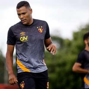 Mikael prega foco total em reta final do Brasileirão: 'Todo jogo é como se fosse uma final'