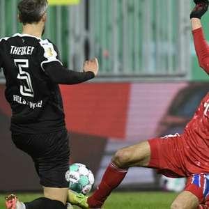 Zebraça! Nos pênaltis, Kiel elimina o Bayern da Copa da ...