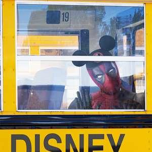 Ryan Reynolds brinca com presença de 'Deadpool 3' na Disney