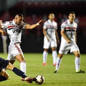 Bruno Peres, ex-São Paulo, entra na mira do Benfica, de ...