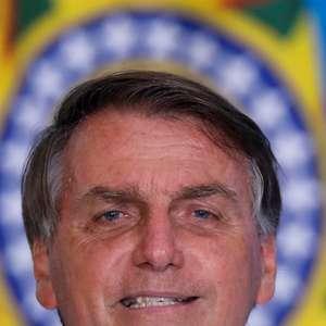 Deputados reagem à fala de Bolsonaro sobre Forças Armadas