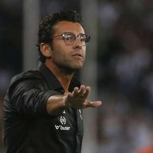 Último campeão pelo Botafogo, Alberto Valentim lamenta fase vivida pelo clube: 'Fico muito triste'