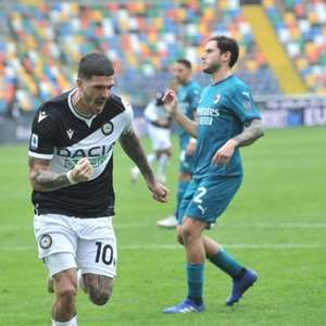 Interesse do Liverpool, Udinese pede 40 milhões de euros ...