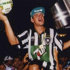 Túlio revela proposta de rival do Botafogo em 94, e explica recusa: 'Estava predestinado a ser ídolo no Glorioso'