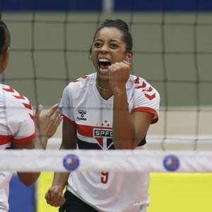 São Paulo/Barueri vence Osasco São Cristóvão Saúde pela Superliga de vôlei feminino