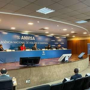 """Anvisa contraria Bolsonaro e refuta """"tratamento precoce"""""""