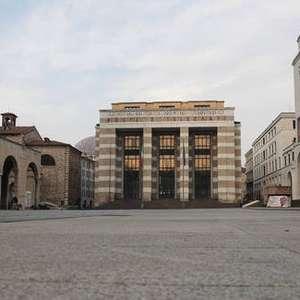 Itália registra mais 12.415 casos e 377 mortes por Covid