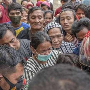 Chuvas atrapalham buscas por vítimas de sismo na Indonésia