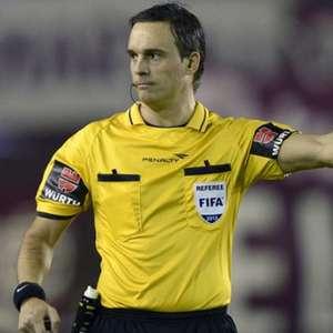 Argentino que já expulsou Felipe Melo apita a grande ...