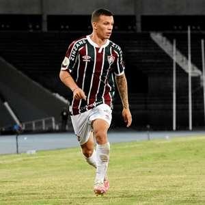 Com sombra na próxima temporada, Calegari cresce em meio à irregularidade do Fluminense