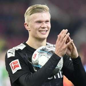 35 jogos e 35 gols: estreia de Haaland pelo Borussia ...