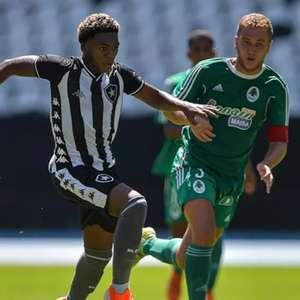 João Vitor Fubá, promessa da base do Botafogo, deixa o ...