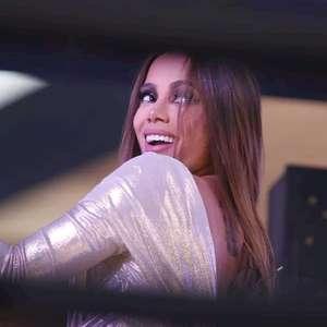 Anitta comemora vacina contra o covid no Brasil e ...