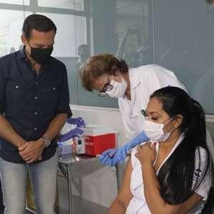 'Onde estão as outras vacinas?', alfineta Doria