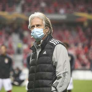 Benfica enfrenta surto de Covid-19, e Jorge Jesus sente ...