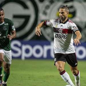 Em primeiro jogo como titular com Ceni, Diego apresenta- ...