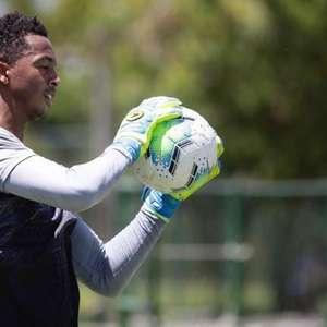 Goleiro quer sequência do Sport na Série A e triunfo sobre o Corinthians