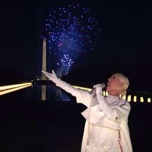 Katy Perry encerra posse de Biden com 'Firework' e ...