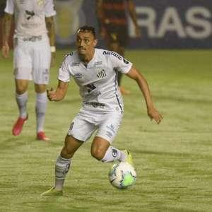 Kashima Antlers oficializa a contratação de Diego Pituca, volante do Santos