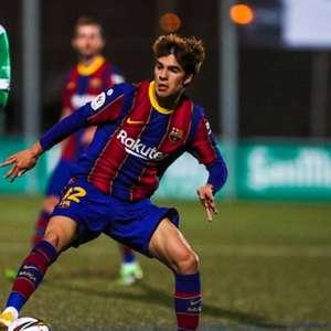 Barcelona desperdiça dois pênaltis, mas se garante na ...