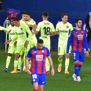 Suárez marca duas vezes, Atlético de Madrid vence o ...
