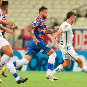 Com reservas, Santos perde pênalti e é derrotado para o ...