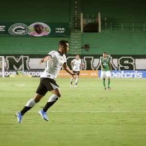 Implacável! Ceará aplica goleada no Goiás e retorna a ...