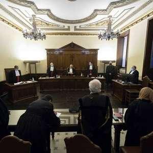 Ex-chefe do Banco do Vaticano é condenado a quase 9 anos ...