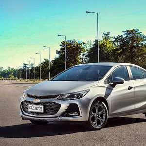 Com futuro incerto, Chevrolet Cruze chega à linha 2021